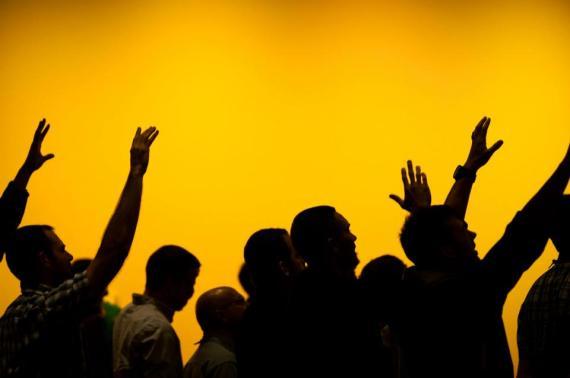 worship_hands raised